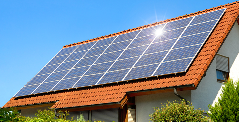 The Relationship Between Solar Panels and Your Roof